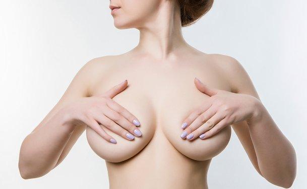 Περιποίηση στήθους - Θηλής